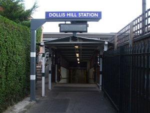 Dollis_Hill_stn_north_entrance